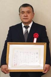 首里サービス新垣勇さん